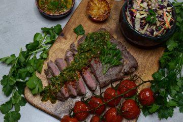 Jautienos steikas su chimichurri padažu