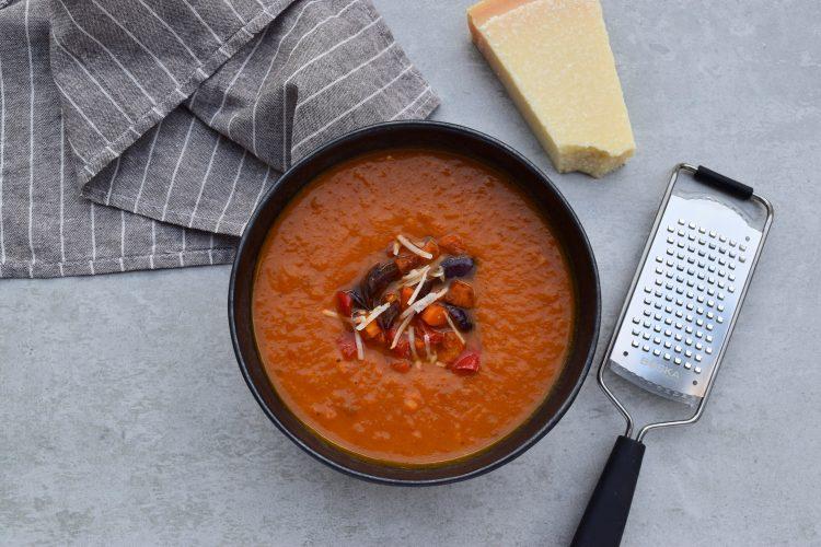 Keptų daržovių sriuba