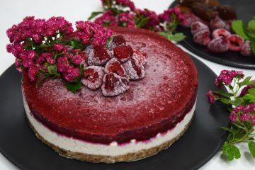 Žaliavalgis avietinis tortas