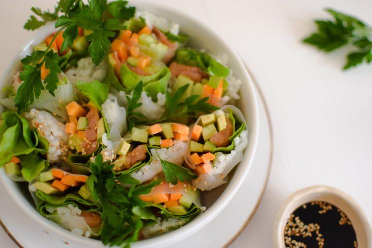 Daržovių ir lašišos rolls'ai