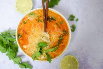Kokosinė vermišelių sriuba